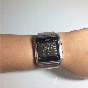 Digital watch! I haven't box.